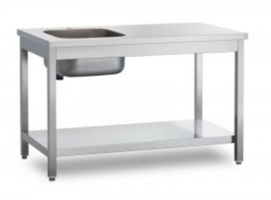 Tavoli con vasche Image
